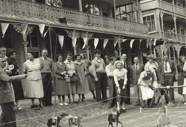 Picture of Fete on the Terraces' Horse Racing'. RNVH.